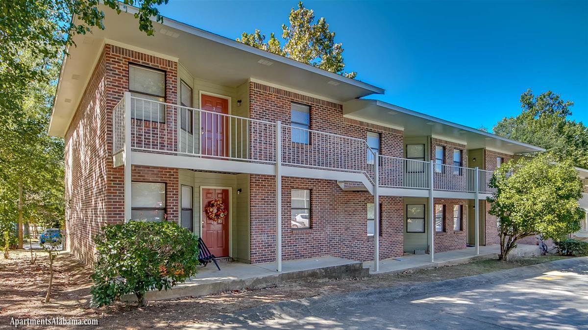 Auburn  Bedroom Apartments